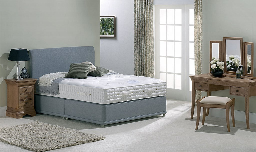 Harrison Beds Pure Performance Oakwood 7000 Divan