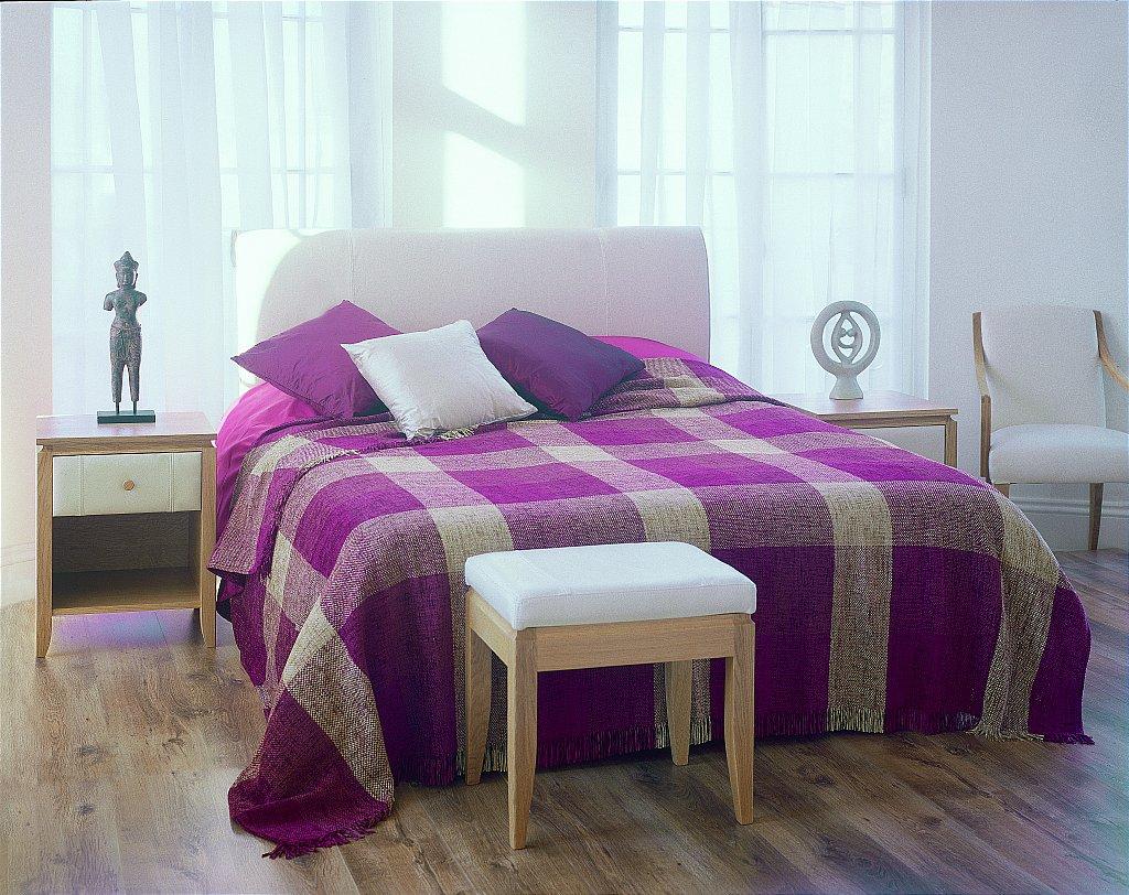 Drapers furnishers stuart jones leather and oak bedroom for Divan finchley