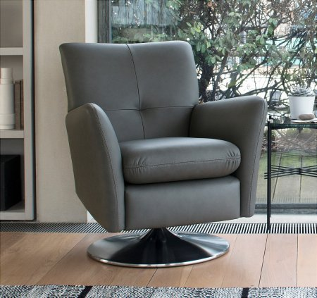 Evolution 1704 Chair in Leather