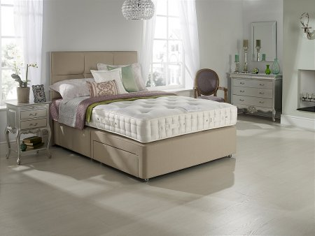 Larkspur Seasons Turn Divan Bed