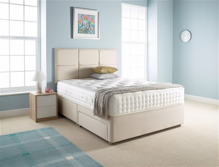 Splendid Divan Bed