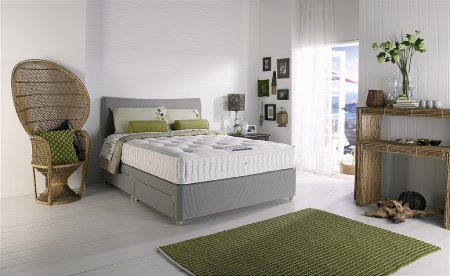Harrison Beds - Free and Easy Collection Breeze. Click for larger image