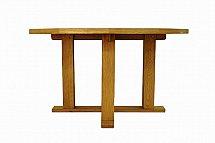 Barrow Clark - Hamilton Oak 1.4m Round Table
