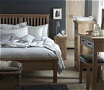 Barrow Clark - Devon Oak Bedroom