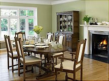 4105/Old-Charm-Lancaster-Dining