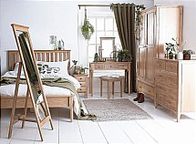 Barrow Clark - Grace Oak Bedroom - Wooden Handles