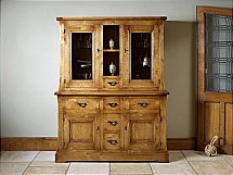 Old Charm - Chatsworth Dresser
