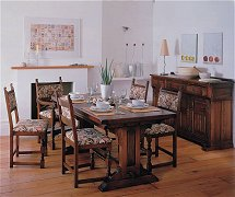 401/Old-Charm-Richmond-Dining-Suite
