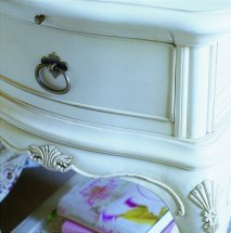 Willis and Gambier - Ivory Bedside Cabinet