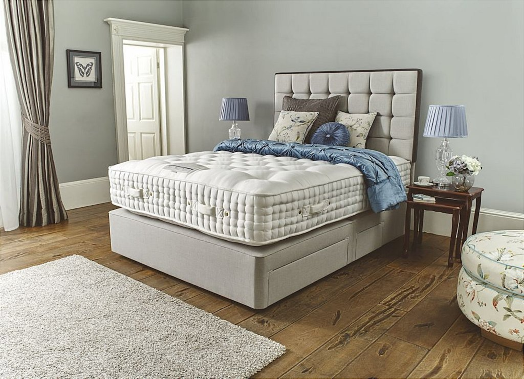 Harrison Beds Monteviot 19800 Divan Bed