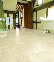 Karndean Art Select Island Limestone - Alderney LM03